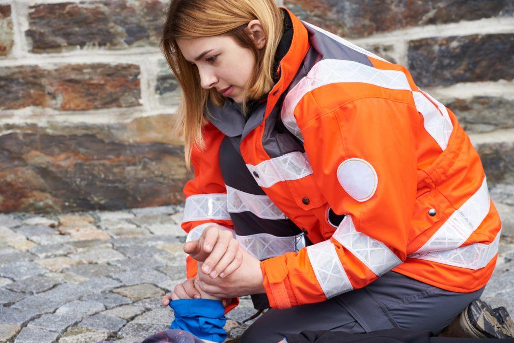 Co wiadomo w sprawie ustawy o zawodzie ratownika medycznego?